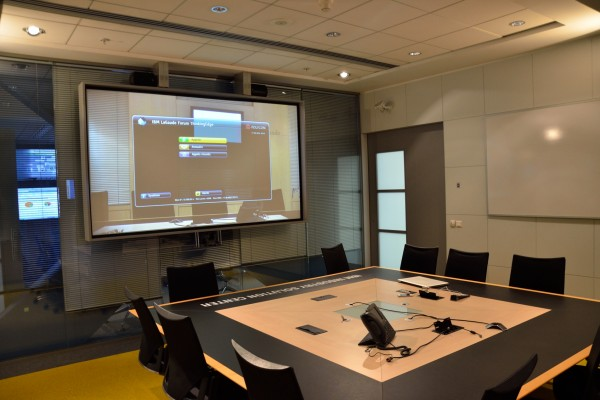 Salle de réunion design audiovisuel